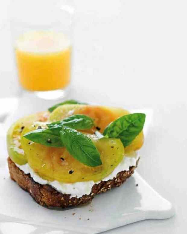 Ricotta Tomato Toast|Martha Stewart