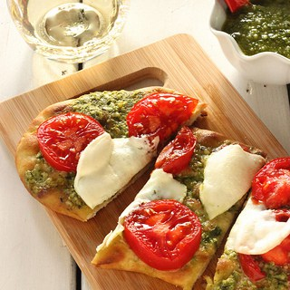 Grilled Pesto Tomato Flatbread {Recipe ReDux}