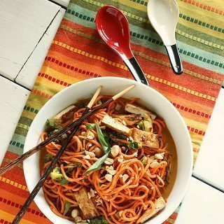"Sesame Peanut Sweet Potato ""Noodles"" with Tofu {Meatless Monday}"