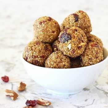 Cranberry Pumpkin Spice Energy Bites|Craving Something Healthy