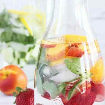 How to Make Pretty Refreshing Infused Water
