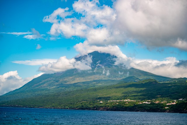 The view of Montanha do Pico from across Pico Island