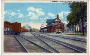 1917 rear view of Pennsylvania Depot with train