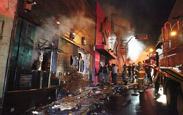 Over 200 Dead in a Nightclub Fire in Brazil: Kiss Club in Santa Maria Destroyed