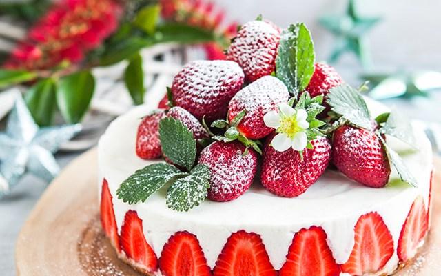 Coconut Yoghurt Strawberry Cake. Vegan, GF Recipe.