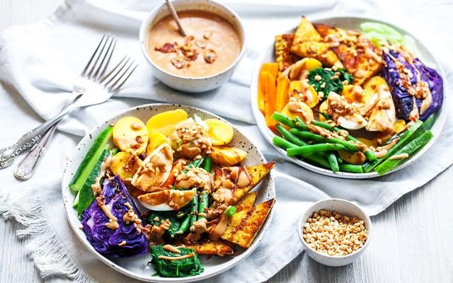 Gado-gado. Balinese Warm Salad with Peanut Sauce Dressing. GF recipe.