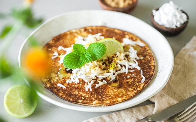 how to cook balinese style banana pancakes