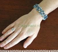Вязанный браслет с бусинами
