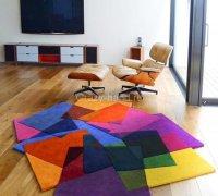 Яркие и красочные современные ковры от Sonya Winner