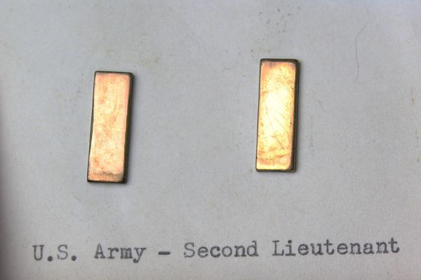 US Army WW2 Second Lieutenant Rank Pins