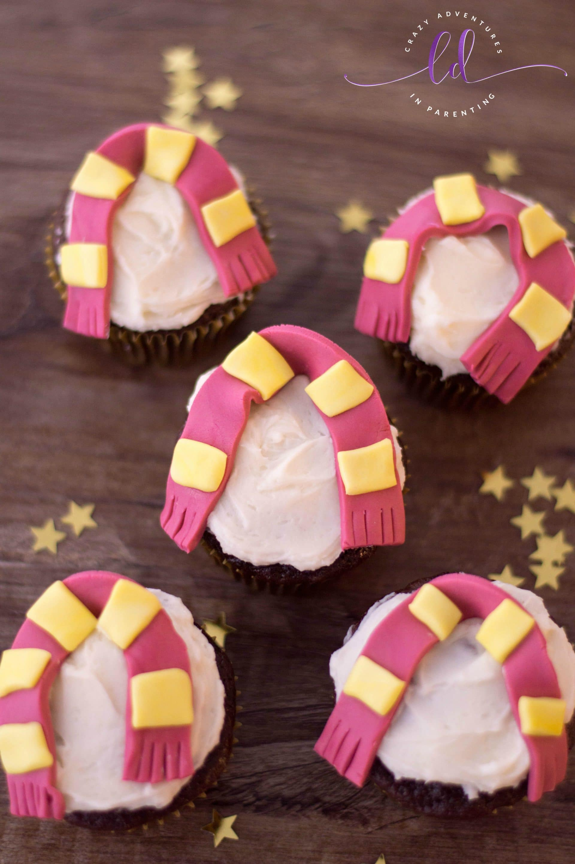 Harry Potter Cupcakes Recipe With Gryffindor Scarves