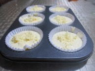 baking-cheese-cupcakes-put-in-liners-and-pan