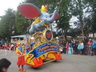 Hong-Kong-Disneyland-day-parade-2