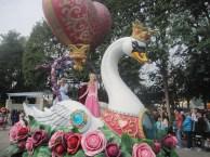 Hong-Kong-Disneyland-day-parade-6