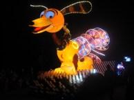 Hong-Kong-Disneyland-night-parade-10