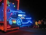 Hong-Kong-Disneyland-night-parade-5