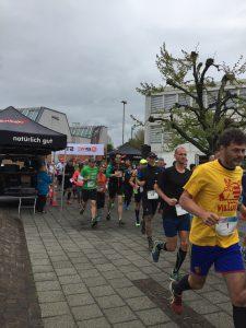 Start des 9. Muttenz-Marathon - Ich hab die Startnummer 23