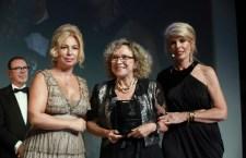 Casal Jacques e Janine Goossens recebe prêmio Life Achievement em Paris