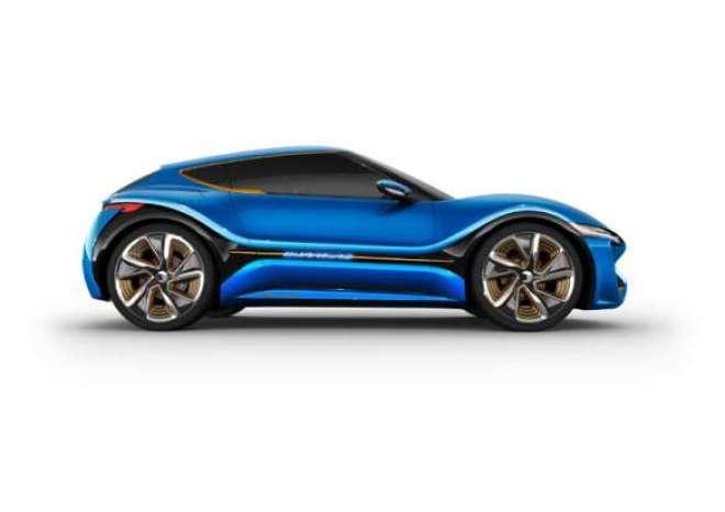 , que desenvolve velocidade máxima de 200 km/h Rodas de 22 polegadas em um carro para 4 passageiros