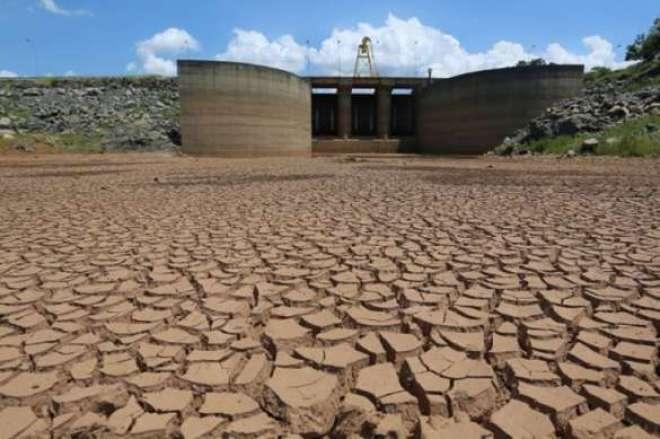 Segundo a pesquisa, 37% dos entrevistados afirmam que o principal responsável pela crise do abastecimento de água é o governo estadual.