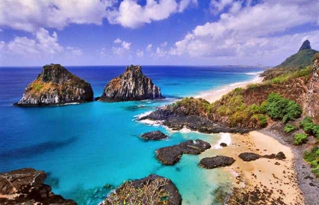Com sua natureza selvagem e suas praias de areia fina, Fernando de Noronha é uma referência ecológica.