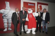 Wilson Poit, secretário. municipal para Assuntos de Turismo e presidente da SPTuris (segundo da esquerda para a direita), com representantes da Michelin. Foto: José Cordeiro/ SPTuris.