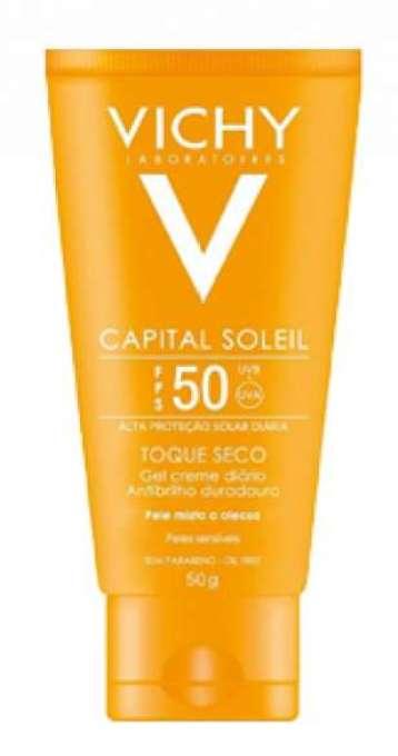 Com proteção UVA/UVB / UVA longo para peles mistas e oleosas, possuem toque seco duradouro.
