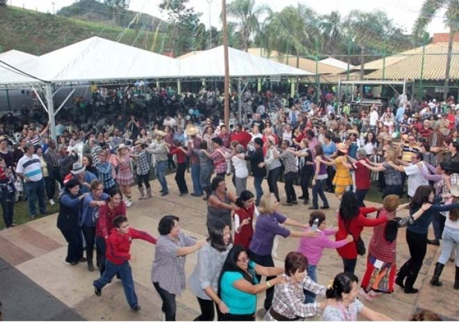 As festas juninas da AFPESP são realizadas há 15 anos e promovem alegria e confraternização entre os associados, dependentes e familiares convidados.