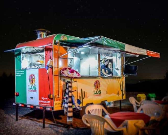lançada ano passado. Existem dois modelos de negócios: restaurante e food truck.