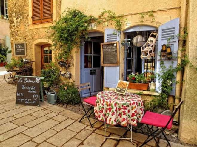 De 23 a 30 de outubro, a proposta é passear pela Provence, no Sul da França.