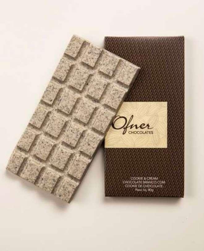 Novidade é uma deliciosa combinação de chocolate branco com cookies de chocolate.