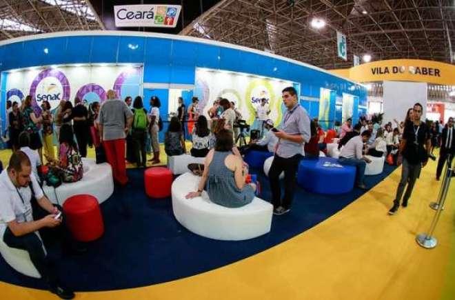 As exposições dos especialistas convidados foram muito bem recebidas pelos profissionais do turismo e da imprensa.
