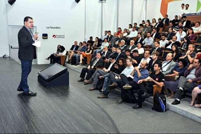 O evento contou com a participação de 130 pessoas ligadas à inovação e ao empreendedorismo.