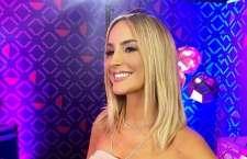 Claudia Leitte adota olhos brilhantes no The Voice