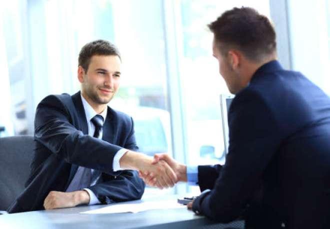 Comprar uma unidade em funcionamento é uma opção para quem deseja abrir o próprio negócio.