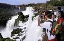 A ação é uma iniciativa dos comitês brasileiro e argentino que trabalharam em conjunto para eleger as Cataratas como uma das sete maravilhas naturais.