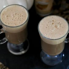 EASIEST AT-HOME ONE TOUCH SALTED CARAMEL LATTE