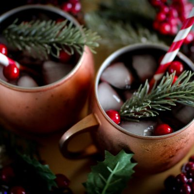 BEST HOLIDAY CRANBERRY SANGRIA