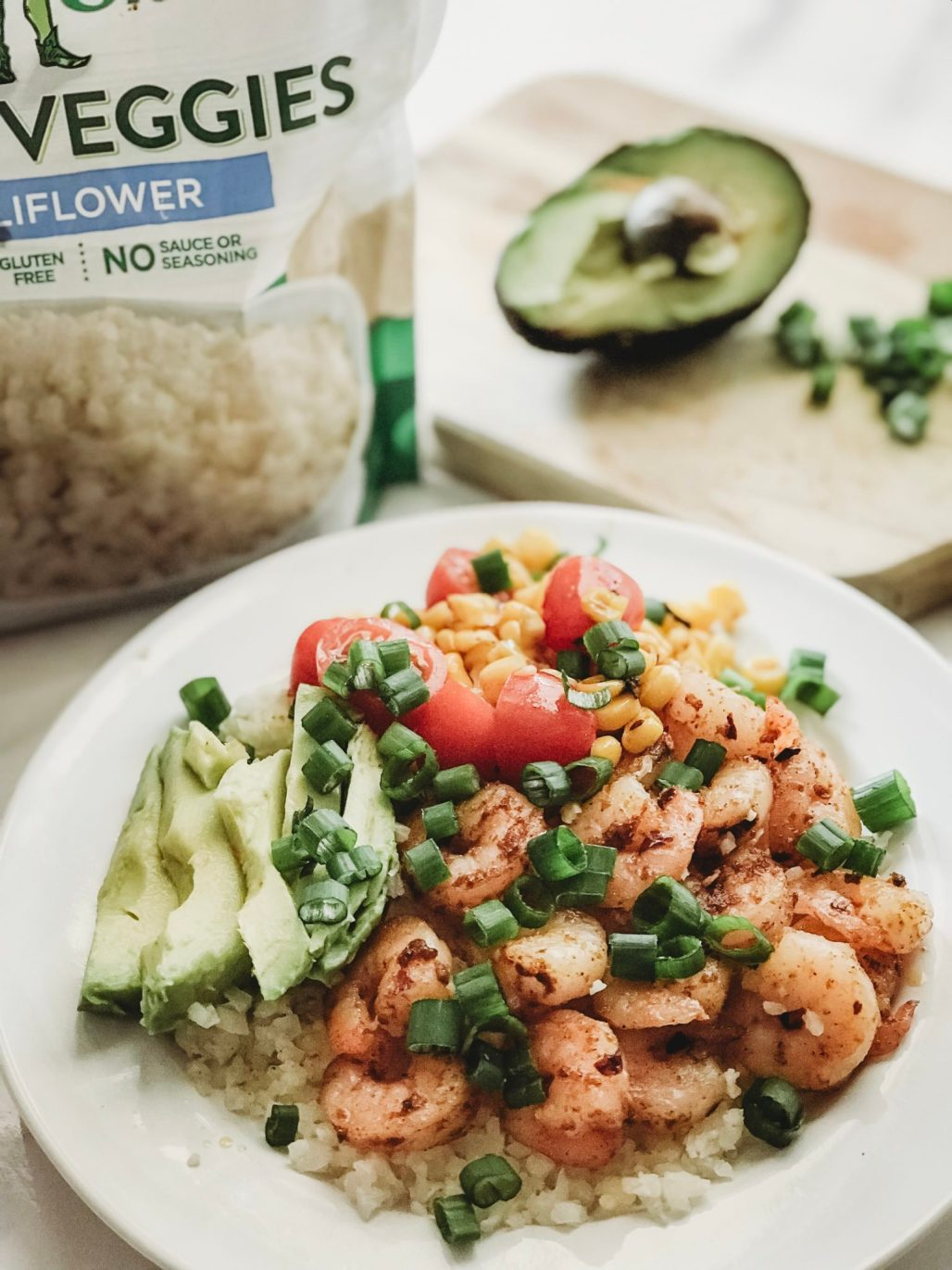 healthy shrimp taco bowl, shrimp burrito bowl, cauliflower rice bowl, shrimp bowl, taco tuesday recipes