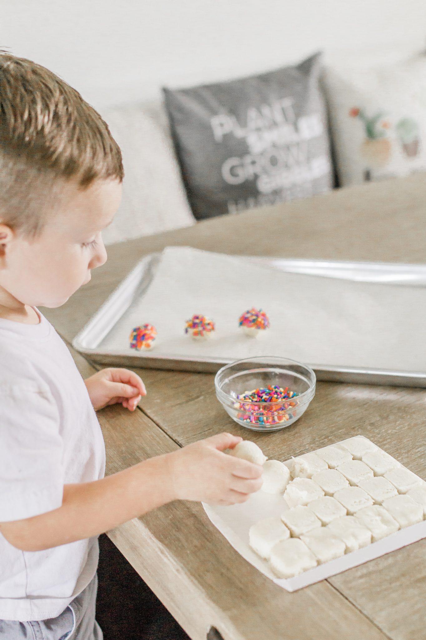 Publix Rainbow Sugar Cookies, copycat Publix sugar cookies, Tampa parenting blog mothers blog motherhood blog Florida travel blogger travel influencer healthy mom blogger spring hill florida lifestyle parenting blog best mom blog 2018