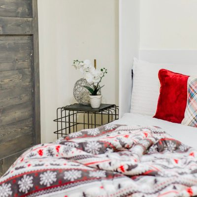 HOW TO REFRESH YOUR GUEST ROOM FOR HOLIDAY GUESTS