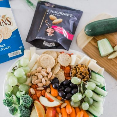 KID-FRIENDLY CHARCUTERIE BOARD FOR EASY ENTERTAINING