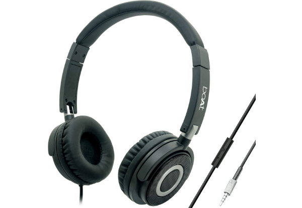 BoAt BassHeads 900 Wired Headphone with Mic, Best Headphones Under 1000 in India