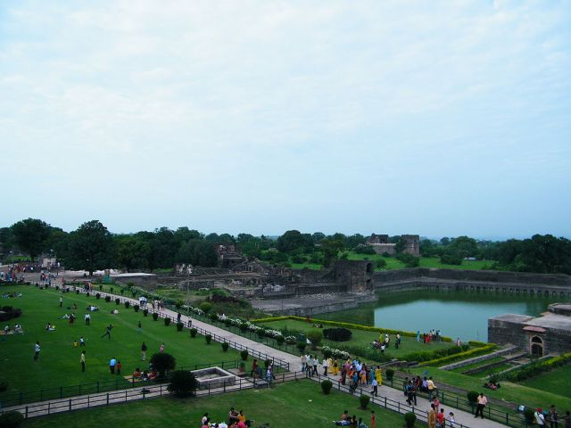 Mandu Monsoon