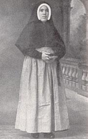 Lucie, à 21 ans, novice chez les sœurs Dorothées de Tuy.