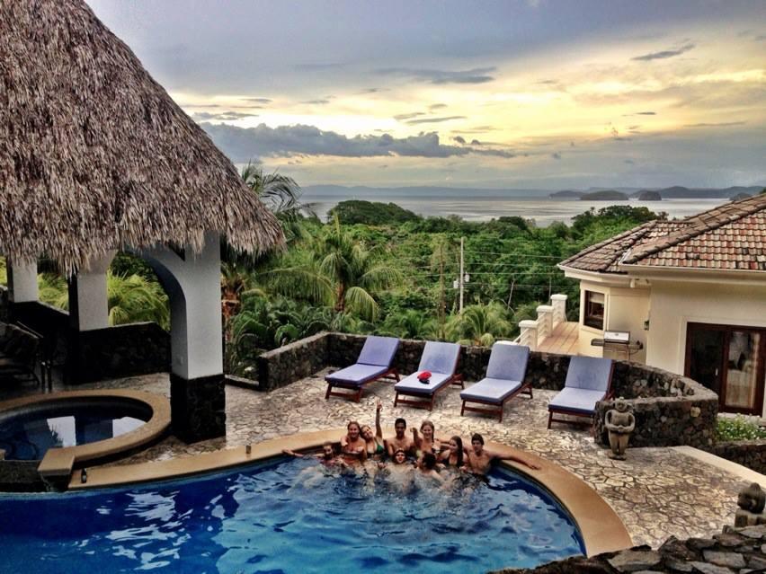 Pura Vida Villa - Family and Friends