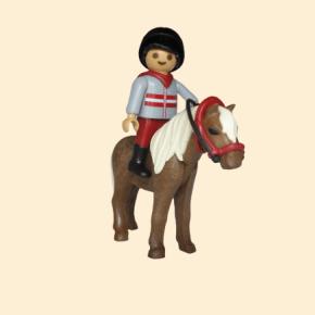 garçon à poney - équitation