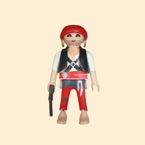 Pirate, veste noire et boucles d'oreilles