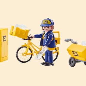 factrice et son vélo