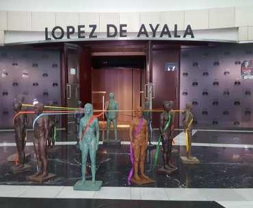 Las artes 'okupan' el teatro López de Ayala en su cumpleaños